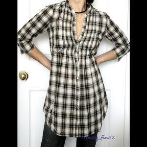HOLLISTER plaid button down cotton shirt top sz XS